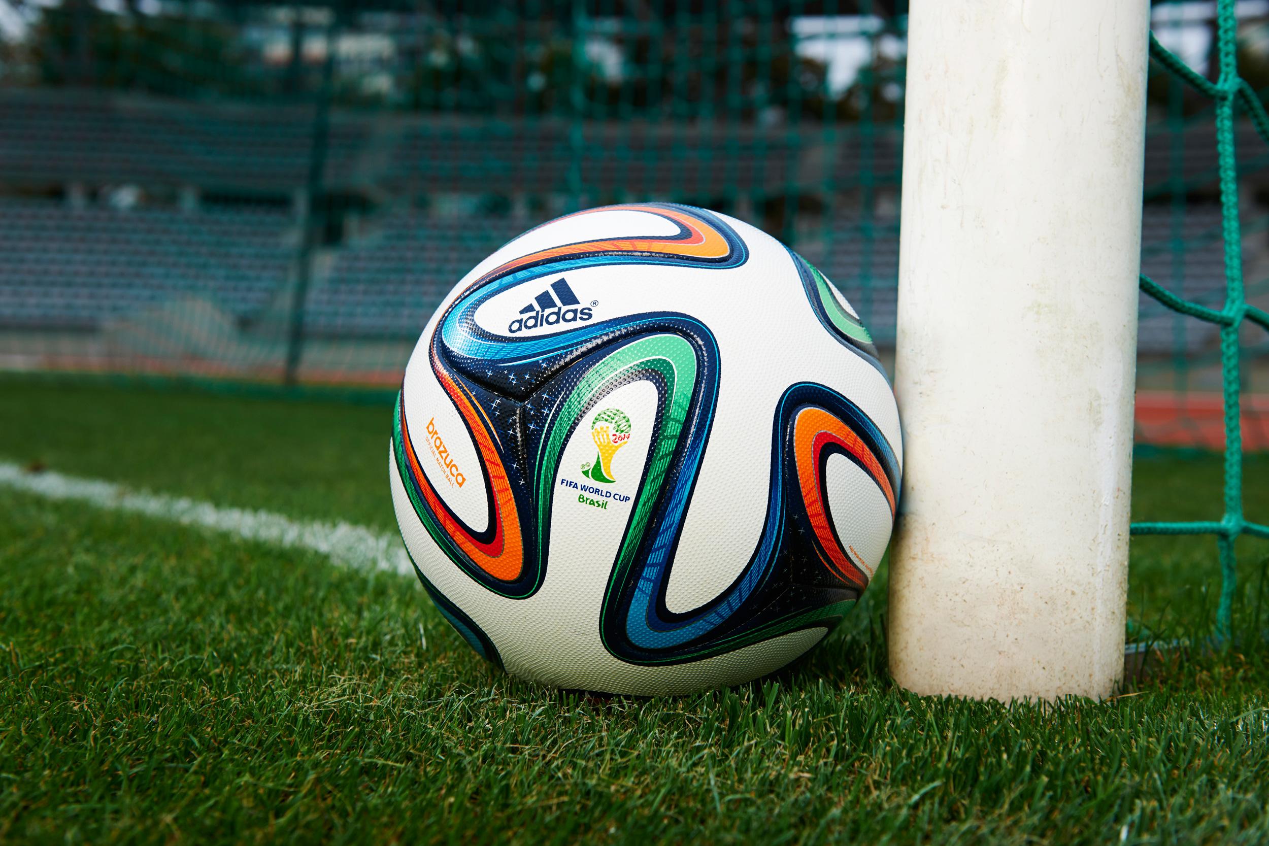 Você pode ganhar a bola da Copa Mundo – Revista Embarque 5df0937124c17
