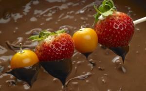 frutas_com_chocolate-wide