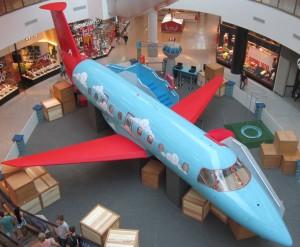 Avião interativo na Praça de Eventos do São Bernardo Plaza Shopping