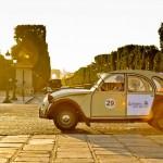 Conheça Paris a bordo do carro do Tintim