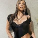 Aeroportos na Califórnia proíbem outdoors de turnê de Mariah Carey