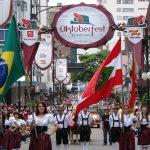 Oktoberfest Blumenau: Maior festa alemã da América Latina chega a sua 33ª edição