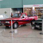 Aeroporto de Manaus recebe exposição de carros antigos