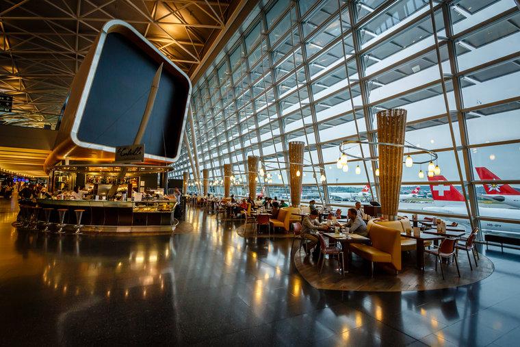 switzerland-zurich_airport-_c_anshar_editorial_only-shutterstock_147367526-ebfde