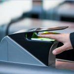 Terminal biométrico que substitui cartão de embarque é novidade no setor aéreo