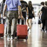 Prepare o bolso: Viajar de avião no Carnaval fica até 360% mais caro