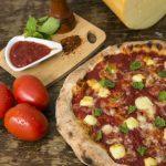 Pizzaria na capital paulista faz aniversário e oferece 50% de desconto